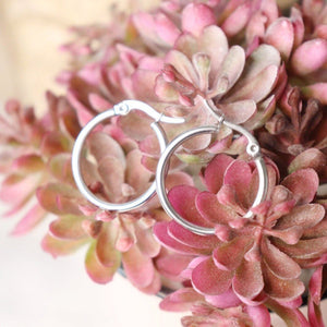 Blair | Simple Hoop Earrings - Alora Boutique