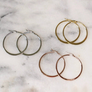 Katrina | Simple Hoop Earrings - Alora Boutique