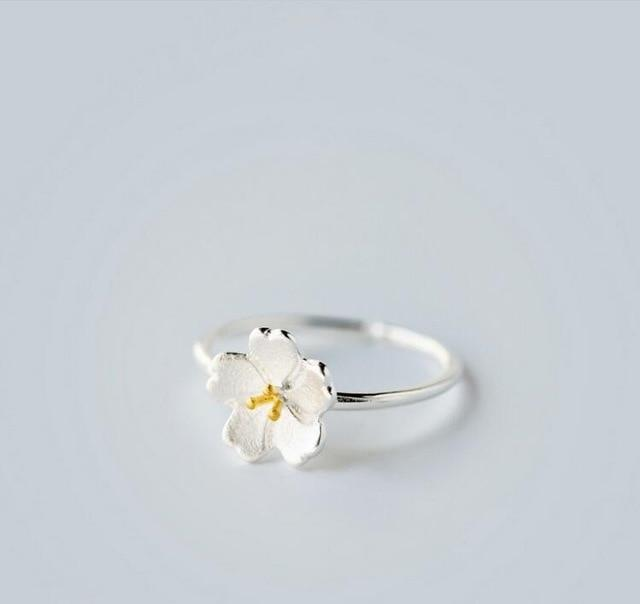 Silver Flower Minimalist Ring