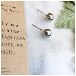 Yasmin - True Beauty Stud Earrings Earrings Alora Boutique
