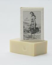 Load image into Gallery viewer, Southampton Soap Company --Fresh Gardenia