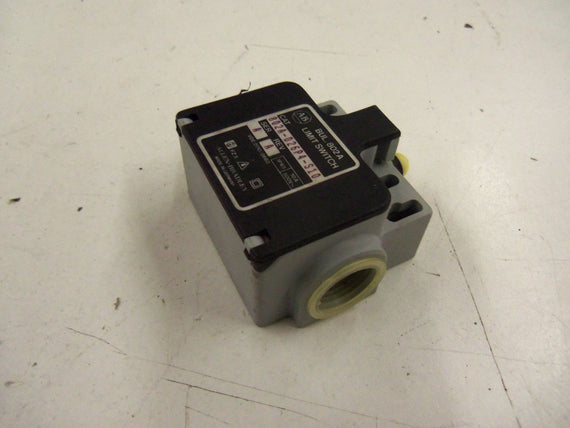 ALLEN BRADLEY 802A-D26P4-S10 SERIES A *USED*