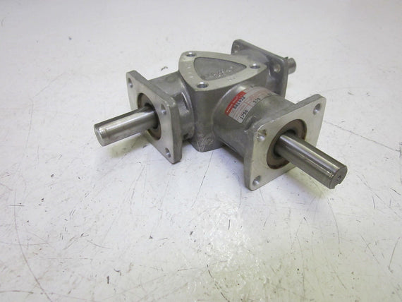 BOSTON GEAR RA1032 REDUCER  *NEW*