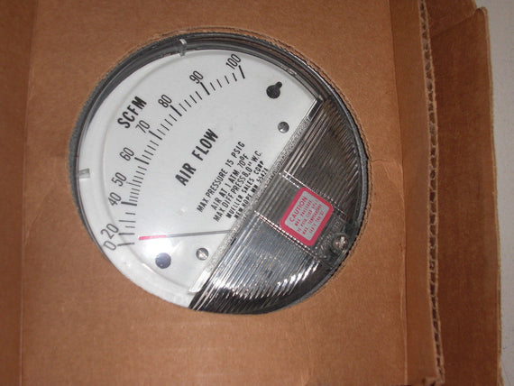 DWYER 2008.1 PRESSURE GAGE *NEW IN BOX*
