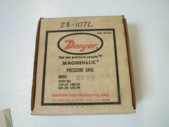 DWYER 2330 PRESSURE GAGE 15-0-15PSI *NEW IN BOX*