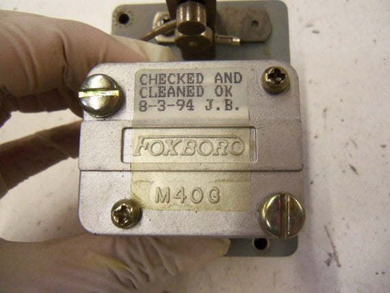 FOXBORO M40G *USED* (AS PICTURED)