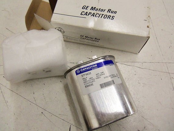 GE CAPACITOR 97F9633 *NEW IN BOX*