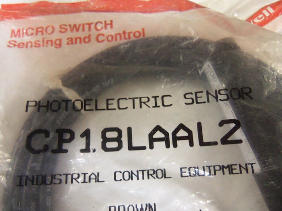 HONEYWELL CP18LAAL2 PHOTOELECTRIC SENSOR *NEW NO BOX*