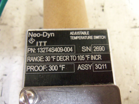ITT 132T4S409-004 TEMPERATURE SWITCH *USED*