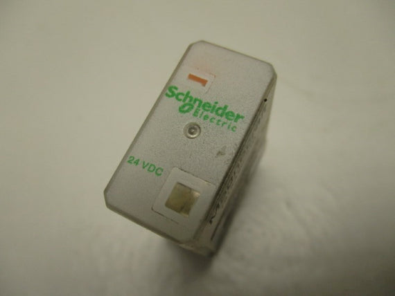 SCHNEIDER ELECTRIC  781XAXC-24D ERLAY 24VDC * USED *
