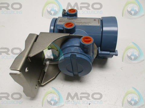 MICROMOTION 1700R11ABAEZZZ FLOW TRANSMITTER * NEW NO BOX *
