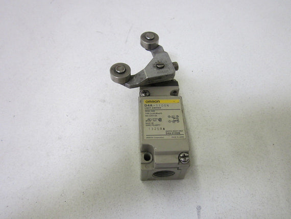 OMRON D4A-1105N LIMIT SWITCH *USED*
