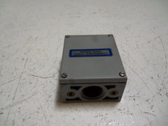 ECA PHOTOSWITCH 42DTB-5000 TERMINAL BASE *USED*