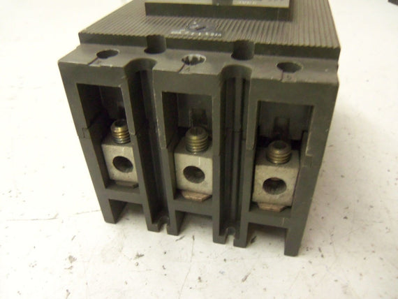 SIEMENS 3VE5231-0C500 CIRCUIT BREAKER *USED*