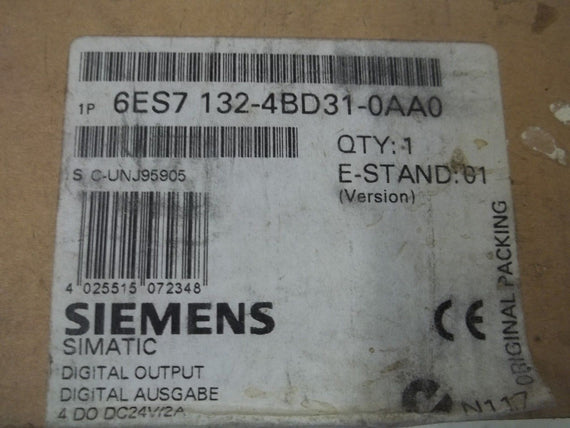 SIEMENS 6ES7 132-4BD31-0AA0 DIGITAL OUTPUT (4) *NEW IN BOX*