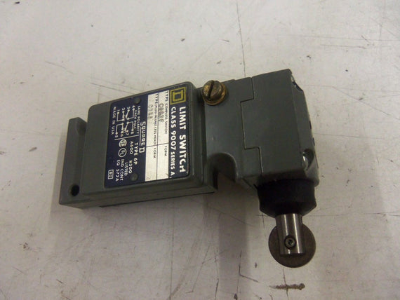 SQUARE D 9007-CO62F LIMIT SWITCH *NEW NO BOX*