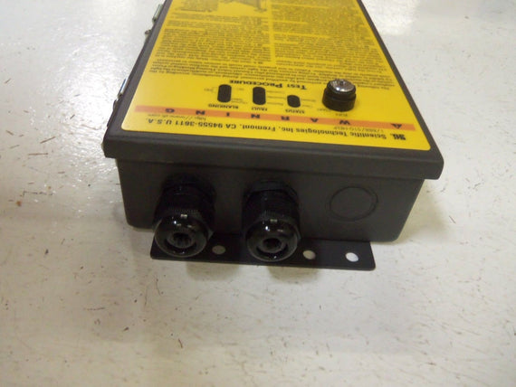STI LCCK-FB-AC1-U LIGHT CURTAIN CONTROL BOX *USED*