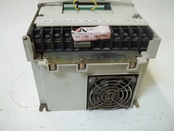 TOSHIBA VFS9-4075PL-WN (1) TRANSISTOR INVERTER (AS PICTURED-MISSING TOP)*USED*