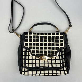 Primary Photo - BRAND: COACH STYLE: HANDBAG DESIGNER COLOR: BLACK WHITE SIZE: MEDIUM SKU: 206-20664-12415