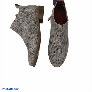 Primary Photo - BRAND: TOMS STYLE: BOOTS ANKLE COLOR: SNAKESKIN PRINT SIZE: 7.5 SKU: 206-20693-7668