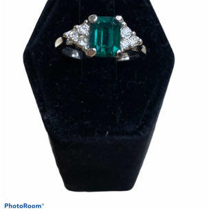 Primary Photo - BRAND:  CME STYLE: RING COLOR: SILVER OTHER INFO: GREEN SKU: 206-20618-79541