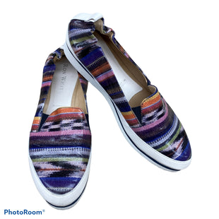 Primary Photo - BRAND:    CLOTHES MENTOR STYLE: SHOES FLATS COLOR: MULTI SIZE: 8 OTHER INFO: RON WHITE - SKU: 206-20618-85813