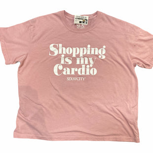 Primary Photo - BRAND:  CMF STYLE: TOP SHORT SLEEVE BASIC COLOR: PINK SIZE: L OTHER INFO: SEX AND THE CITY - SHOPPING IS MY CARDIO SKU: 206-20618-86941