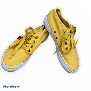 Primary Photo - BRAND: LEVIS STYLE: SHOES FLATS COLOR: YELLOW SIZE: 7 OTHER INFO: AS IS SKU: 206-20618-86068