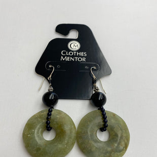 Primary Photo - BRAND:    CLOTHES MENTOR STYLE: EARRINGS COLOR: GREEN OTHER INFO: JADE - SKU: 206-20690-1083