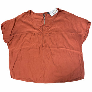 Primary Photo - BRAND: MADEWELL STYLE: TOP SHORT SLEEVE COLOR: RUST SIZE: S SKU: 206-20693-4594