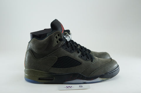 "AIR JORDAN 5 RETRO ""FEAR"" - Sz 11"