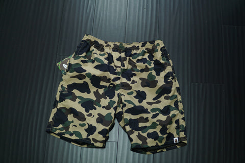 BAPE CAMO SWIM TRUNKS - Sz M