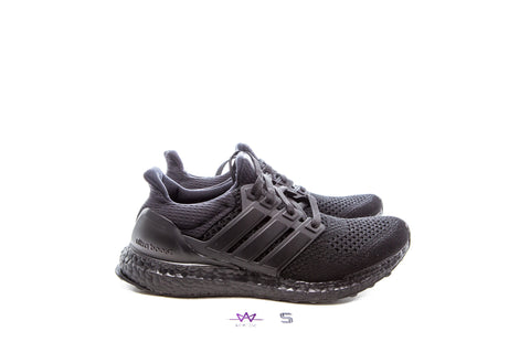 "ULTRABOOST LTD ""TRIPLE BLACK"" - Sz 8"