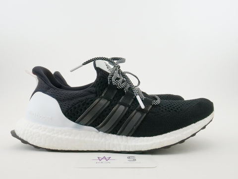 "ULTRABOOST M - W.W. ""BLACK/WHITE/INFRARED"" - Sz 10"