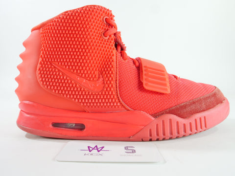"AIR YEEZY 2 SP ""RED OCTOBER"" - Sz 10"