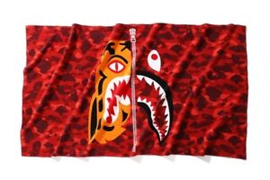 "BAPE TIGER SHARK TOWEL ""RED CAMO"" - Sz OS"