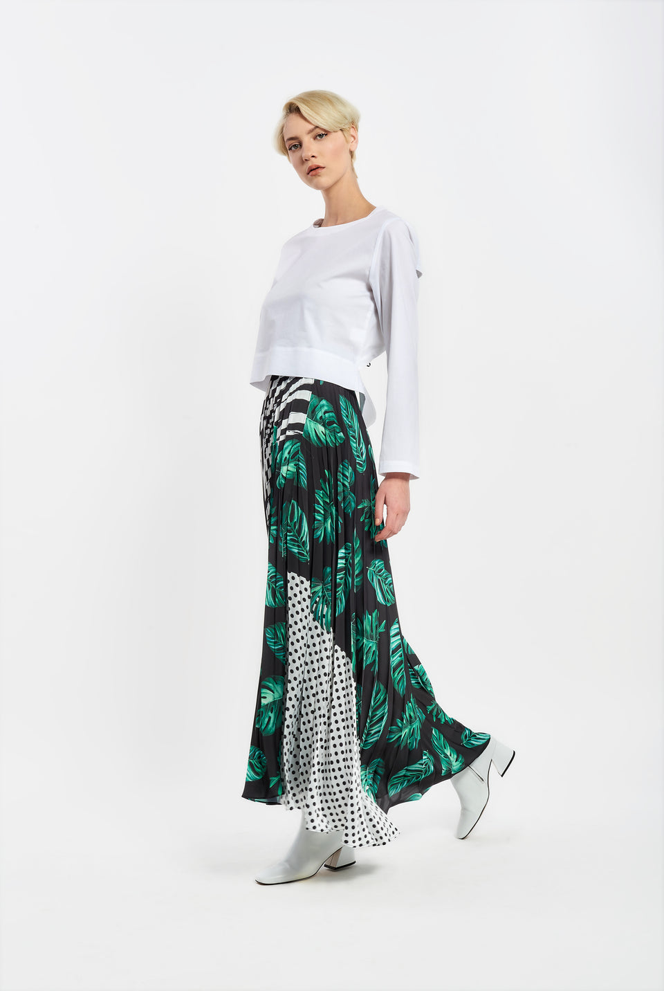 PLEATED MAXI SKIRT WITH PRINT PLEATED MAXI SKIRT WITH PRINT