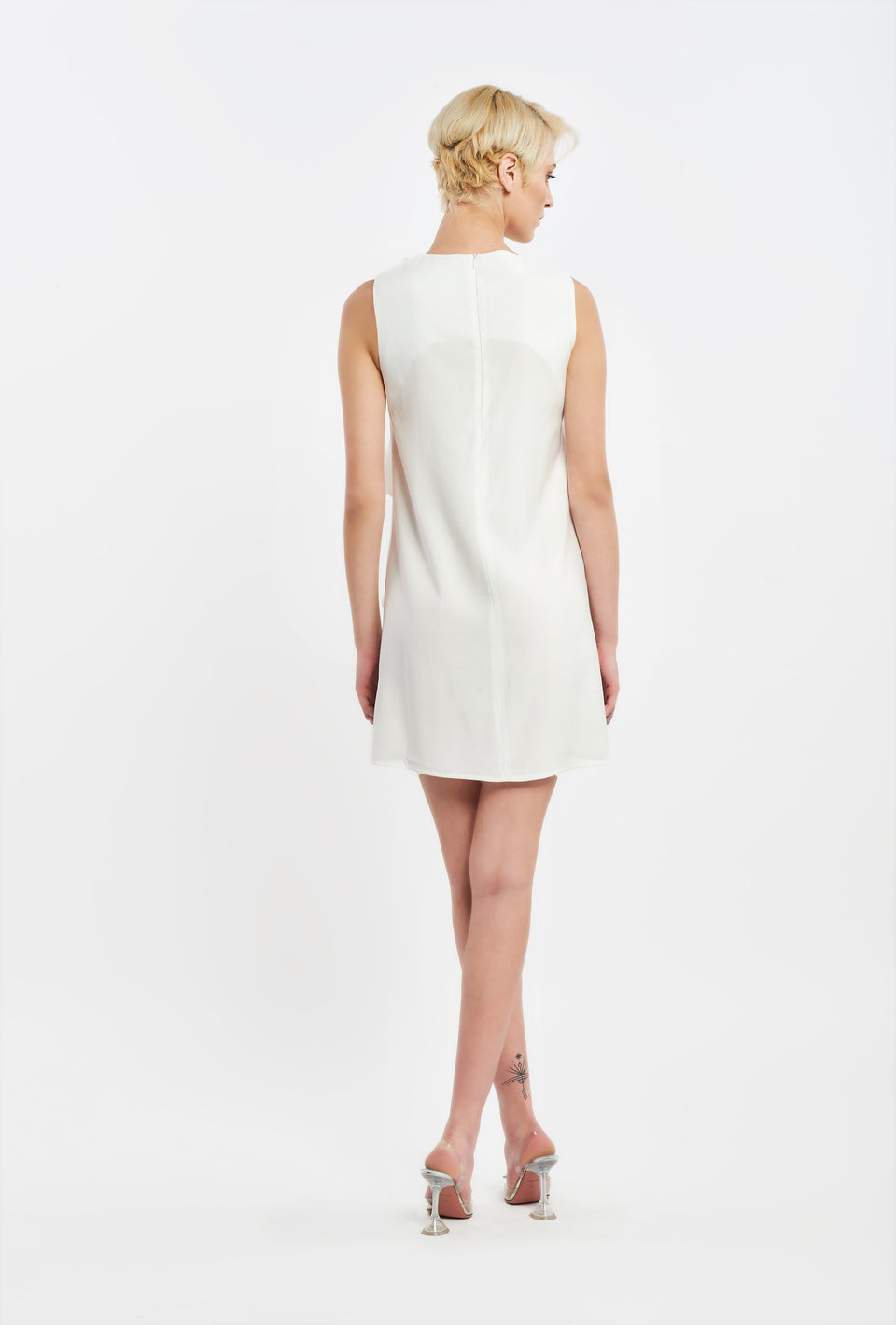 A-LINE DRESS WITH RUFFLE DECORATIVE WHITE