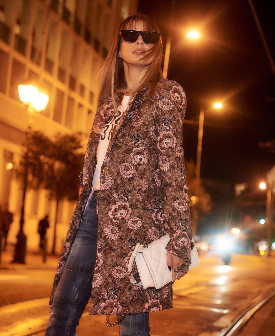 MIDI BROCADE FLOWERS JACKET WITH FLOWER SHAPE BUTTON MIDI BROCADE FLOWERS JACKET WITH FLOWER SHAPE BUTTON