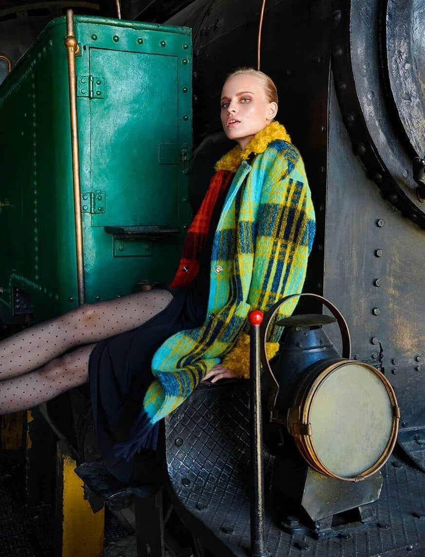 WOOL CHECK COAT WITH TWO COLOURS ON COLAR AND SLEEVES