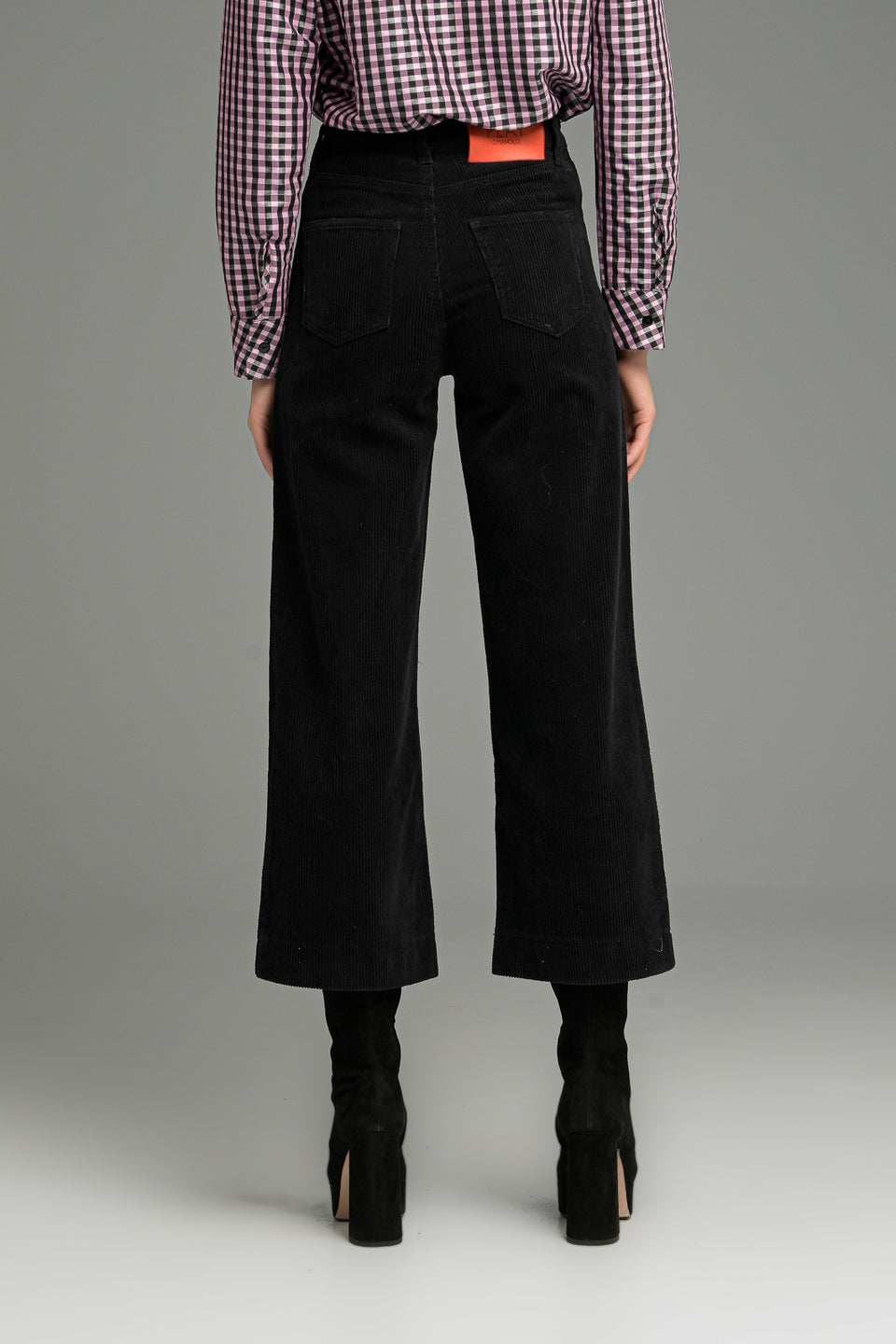 WIDE LEG CROP TROUSERS IN CORD FABRIC BLACK