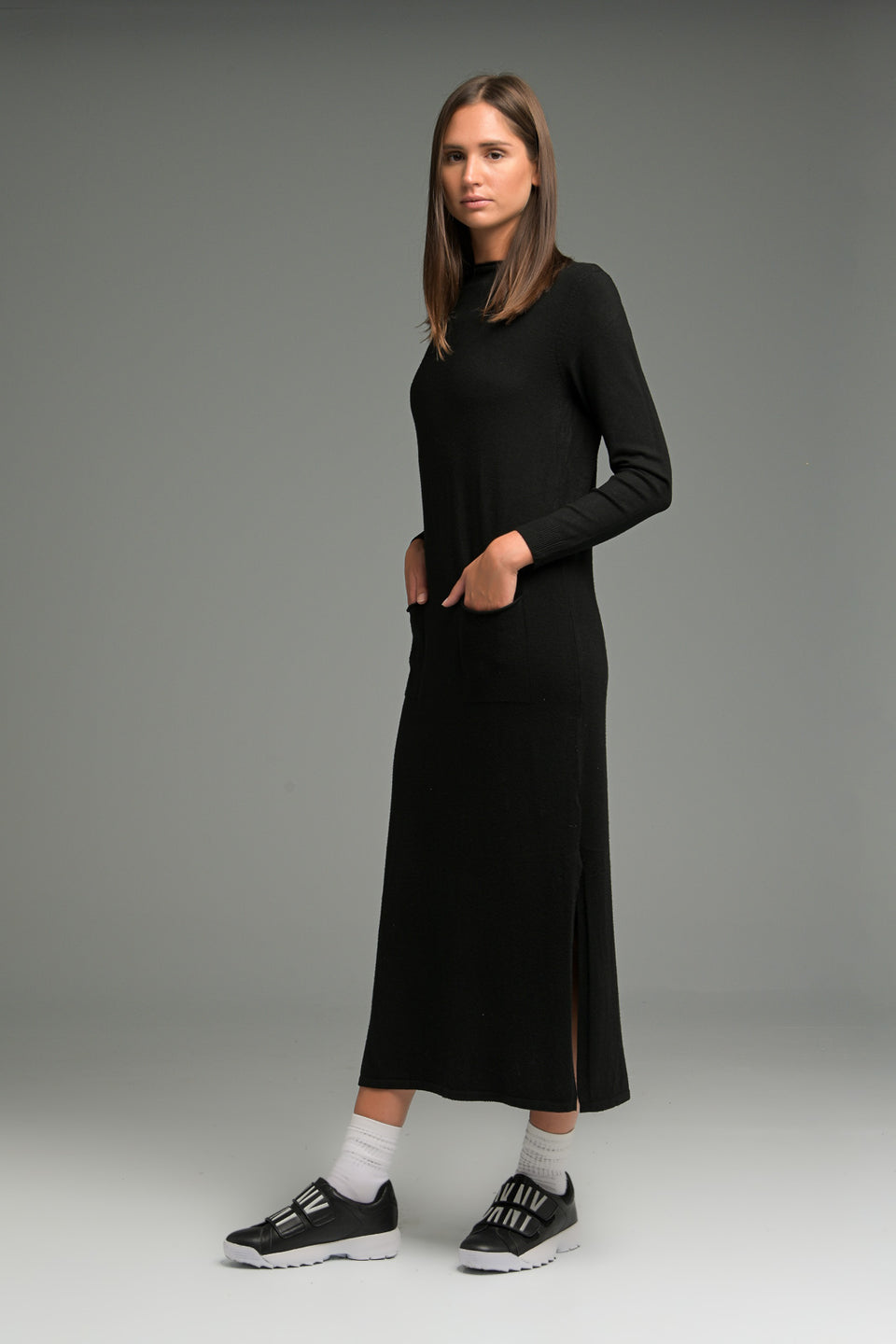 KNITTED DRESS MIDI WITH SPLITS BLACK