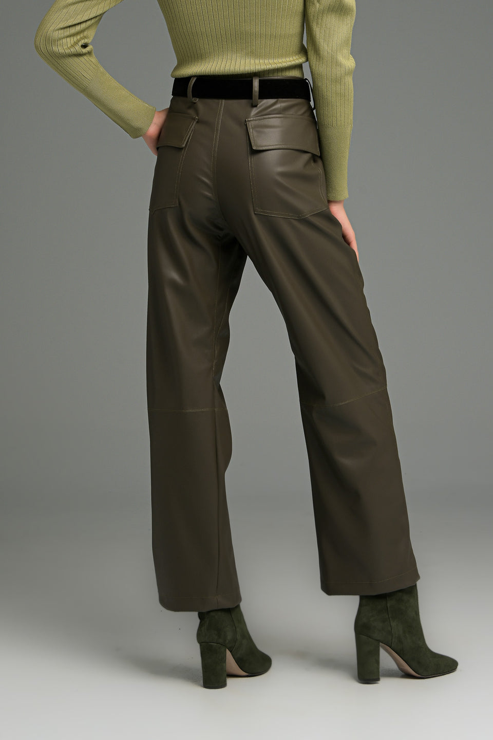 HIGH WAIST FAUX LEATHER TROUSERS WITH UTILITY POCKETS KHAKI