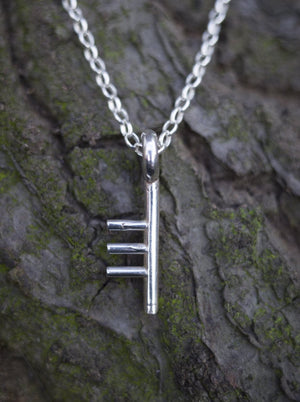 Ogham Treasure Initial T