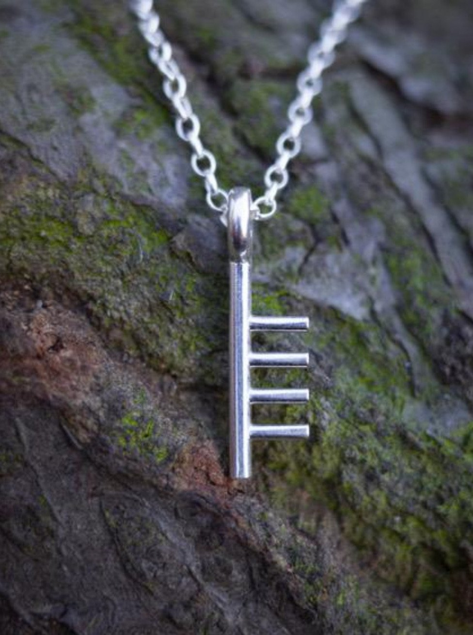 Ogham Treasure Initial S
