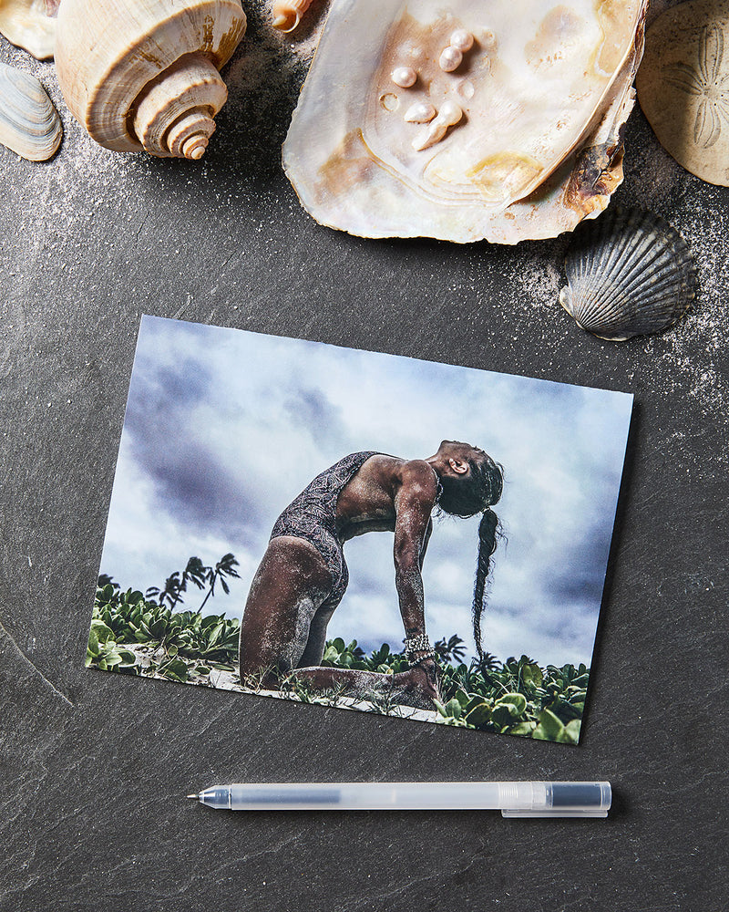 Load image into Gallery viewer, Hawaiian Camel Pose