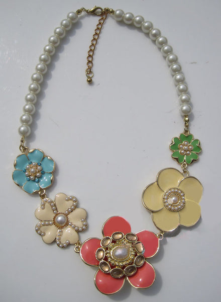 Fashion and Lovely Style Flowers Pattern Shape and Faux Pearls Decorated Necklace