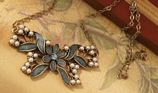 New Arrival Blue Butterfly Embellish Necklace