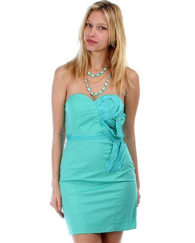 MINT STRAPLESS SWEETHEART DRESS WITH PLEATED DETAIL