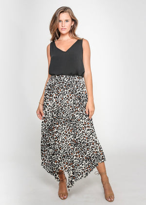 CHOSEN BY ISPYIT CHELSEA PLEATED SKIRT - CAMEL LEOPARD